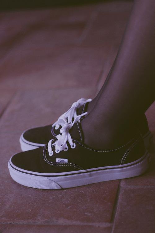 Skater Girl Wallpaper Iphone Black Vans On Tumblr