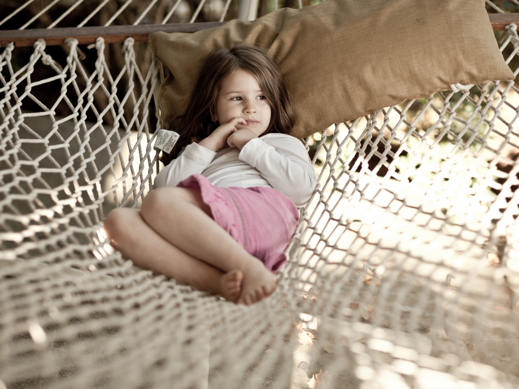 Cute Little Angel Wallpaper Little Girl Picture Baby Girl Lying On Hammock