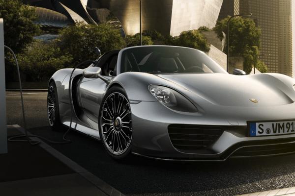 Screenshot-at-Dec-13-03-48-00-600x400 Porsche 918 Spyder, $1 million