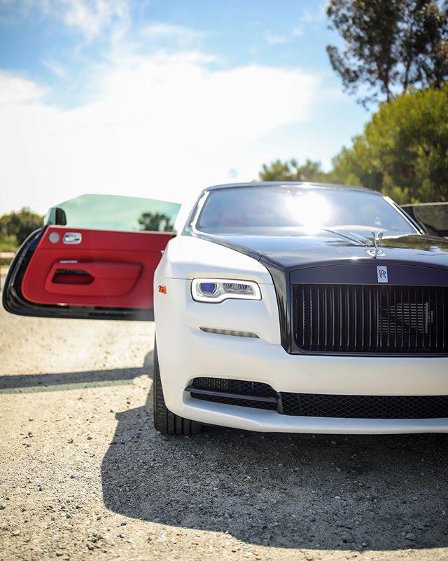 88133076_312746023018788_7335888162125390782_n Rolls Royce Dawn Rental