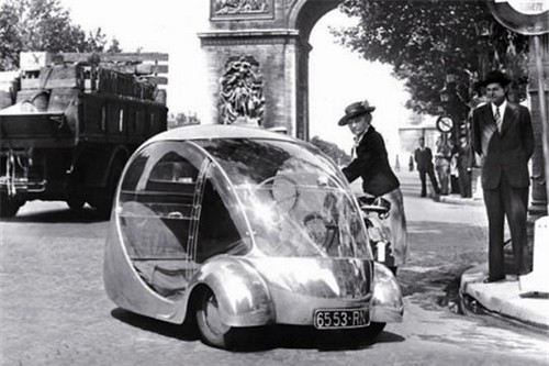 Oeuf-electrique-arzens-3 Top 10 Bizarre Cars in the World