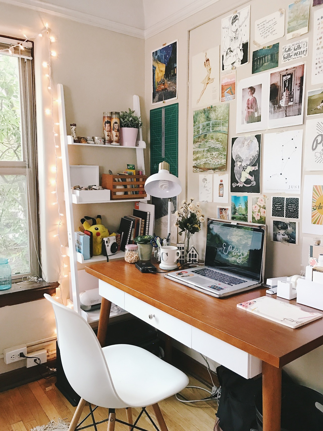 Bedroom Desk Tumblr Gentle And Ruthless