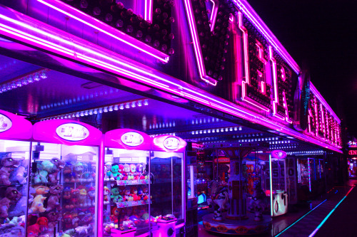 Chill Wave Car Wallpaper Neon Retro Arcade Tumblr