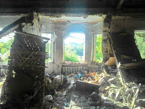 Донецк подвергся мощному артиллерийскому обстрелу. Есть жертвы