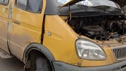 В Тульской области произошло столкновение трех автомобилей, в числе которых микроавтобус