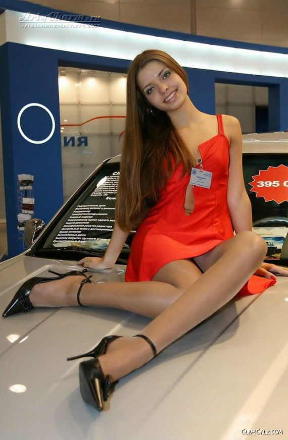Santa Banta Car Wallpaper Awesome Russian Models At Car Show