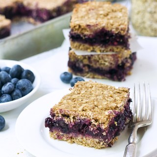 Blueberry-Oat Breakfast Squares #vegan #glutenfree #breakfast #recipe  86lemons.com