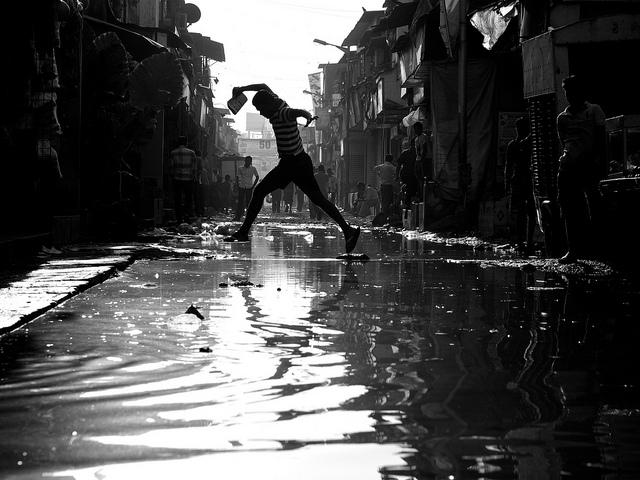 Slum in Mumbai – noch ein langer Werg zur Smartcity. Foto: Thomas Leuthard , CC BY-SA 2