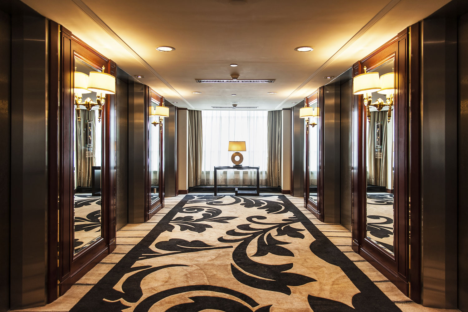 As Royal Decor 3d Wallpaper Luxury Hotel Emergency Planning 911 Consulting