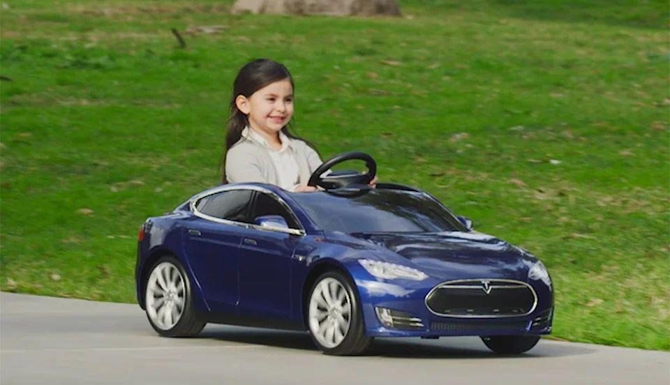 tesla battery powered car