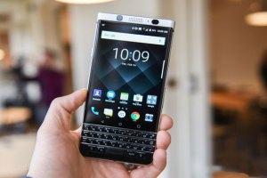 blackberry-presenta-su-nuevo-smartphone-el-keyone