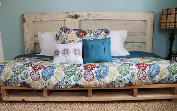 Are Sofas And Stuff Any Good Diy Pallet Sofa And Daybed Design | 99 Pallets