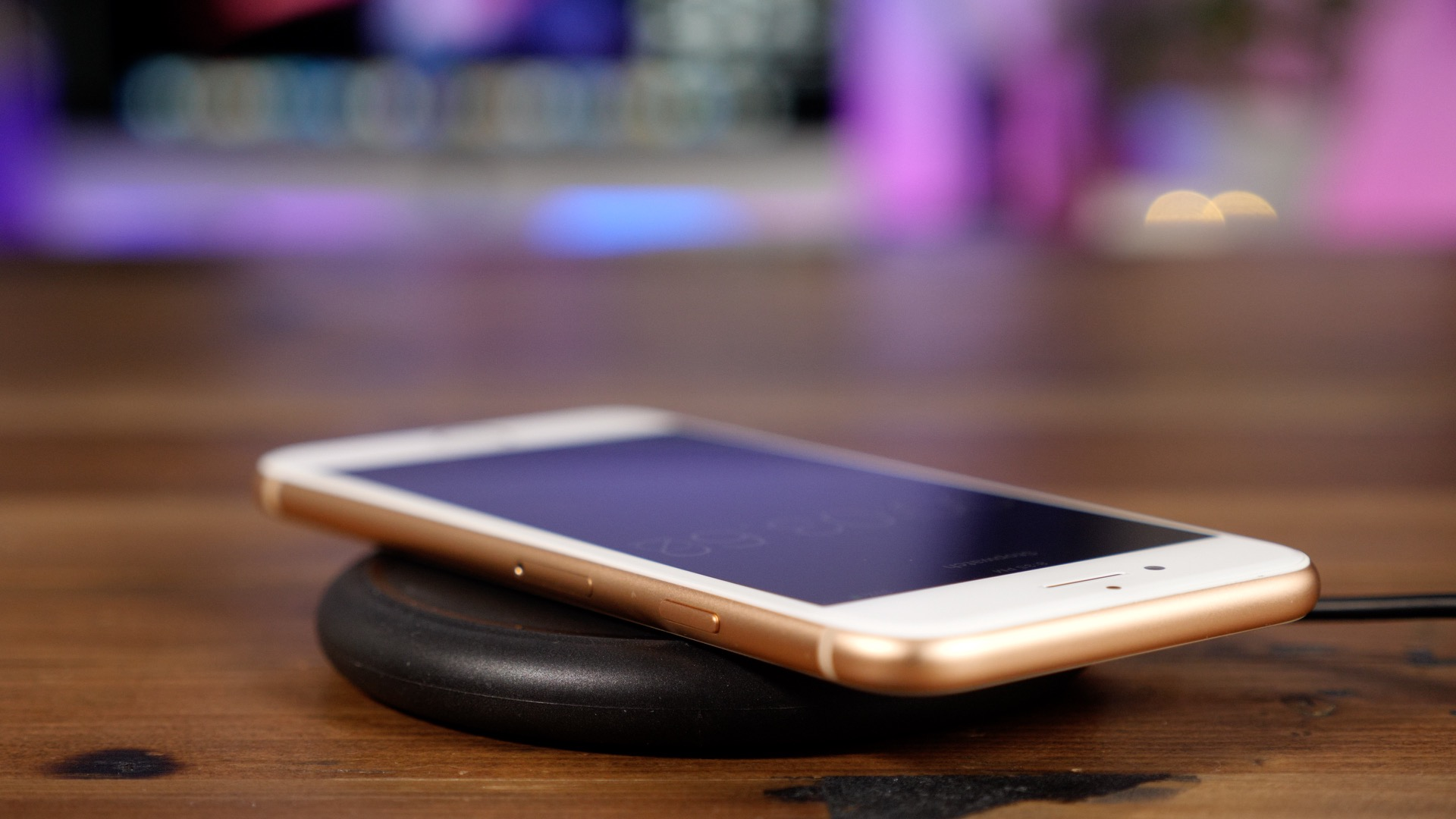 Wireless Charging Iphone Jealous Of Wireless Charging On New Iphones Here S How To Get