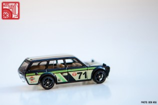 2015 Hot Wheels Datsun 510 Wagon - black Kmart 02