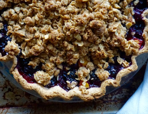 Blueberry + Nectarine Pie w/Spiced Oatmeal Crumble Top