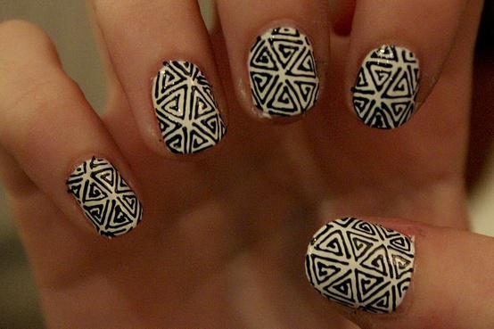 Monochrome_Nails01