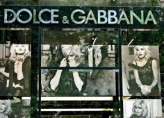 Dolce & Cabbana on Avenue Montaigne