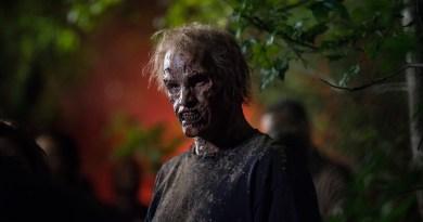Walker - The Walking Dead _ Season 5, Episode 11 - Photo Credit: Gene Page/AMC