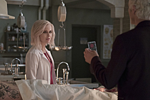 "iZombie -- ""Abra Cadaver"" -- Image Number: ZMB206a_0252.jpg -- Pictured (L-R): Rose McIver as Liv and David Anders as Blaine -- Photo: Katie Yu/The CW -- © 2015 The CW Network, LLC. All rights reserved."