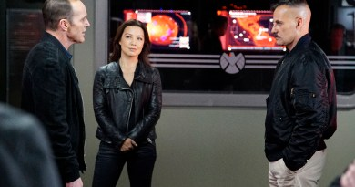 """MARVEL'S AGENTS OF S.H.I.E.L.D. - """"The Inside Man"""" - Coulson and General Talbot are forced to team up and attend a worldwide symposium on Inhumans, where they suspect Malick has an inside man. As the S.H.I.E.L.D. team gets closer to the truth, an unexpected traitor is revealed, on """"Marvel's Agents of S.H.I.E.L.D.,"""" TUESDAY, MARCH 15 (9:00-10:00 p.m. EDT) on the ABC Television Network. (ABC/Kelsey McNeal) CLARK GREGG, MING-NA WEN, ADRIAN PASDAR"""