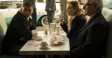 "DC's Legends of Tomorrow -- ""Night of the Hawk"" -- Image LGN108b_0026.jpg -- Pictured (L-R): Franz Drameh as Jefferson ""Jax"" Jackson, Caity Lotz as White Canary, and Victor Garber as Professor Martin Stein -- Photo: Katie Yu/The CW -- © 2016 The CW Network, LLC. All Rights Reserved"