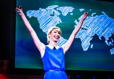 Amy Cuddy Explains Power Posing and Body Language [Video]