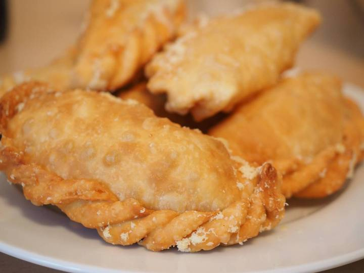chicken empanadas, brunch, Tropical, TropicsGourmet, recipes