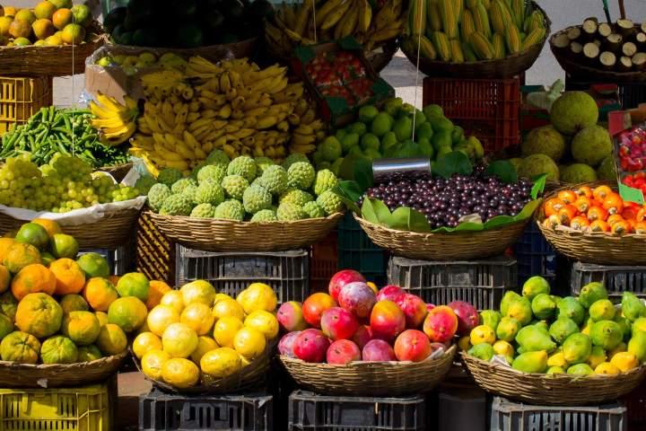 cooking class, market, farmer's market, fruit, produce, Tropics, Tropics Gourmet