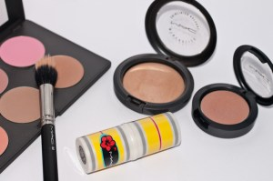 Make Up Basics contouring bronzer