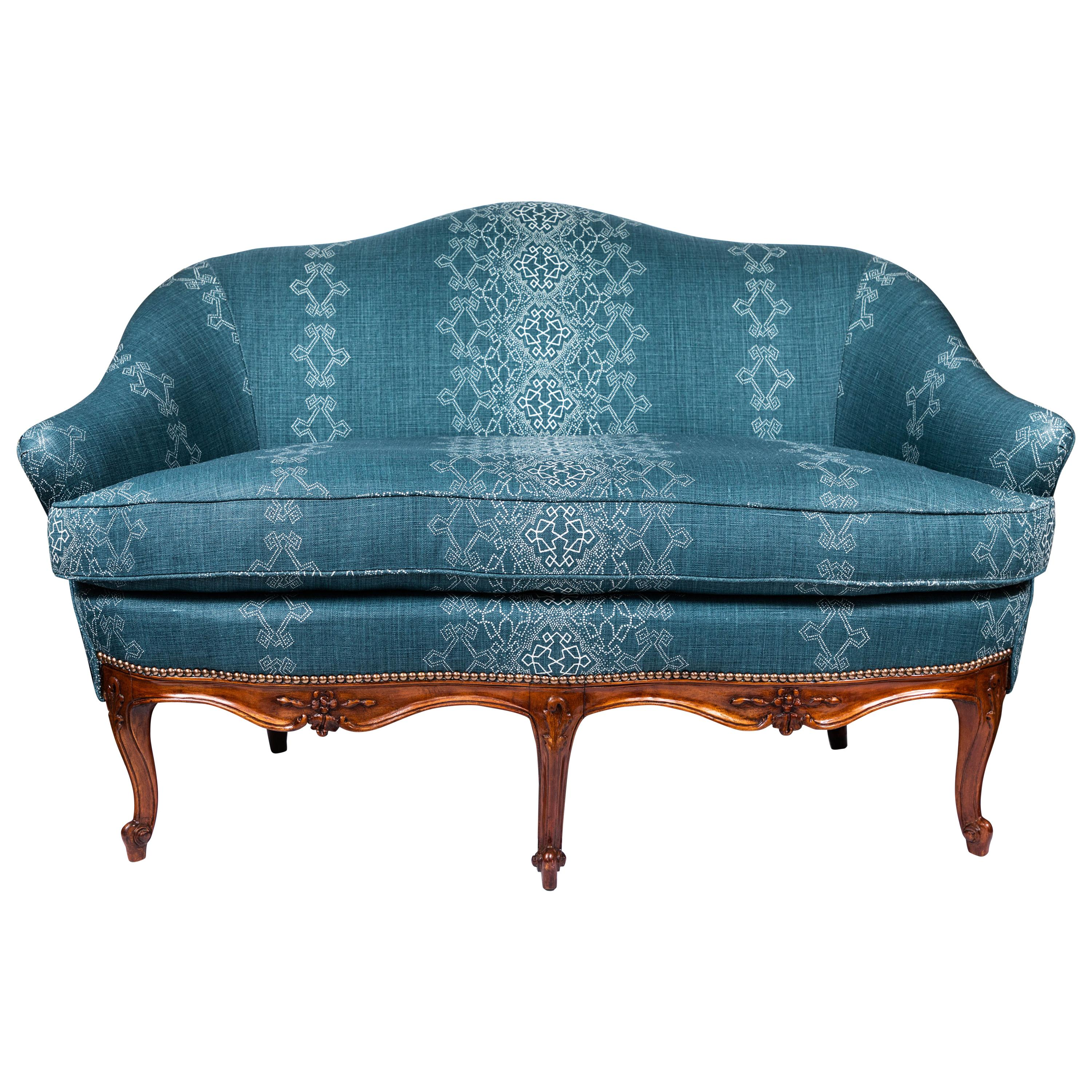 Sofa Queen Anne 1940s Settee With Three Queen Anne Style Front Legs And Carvings