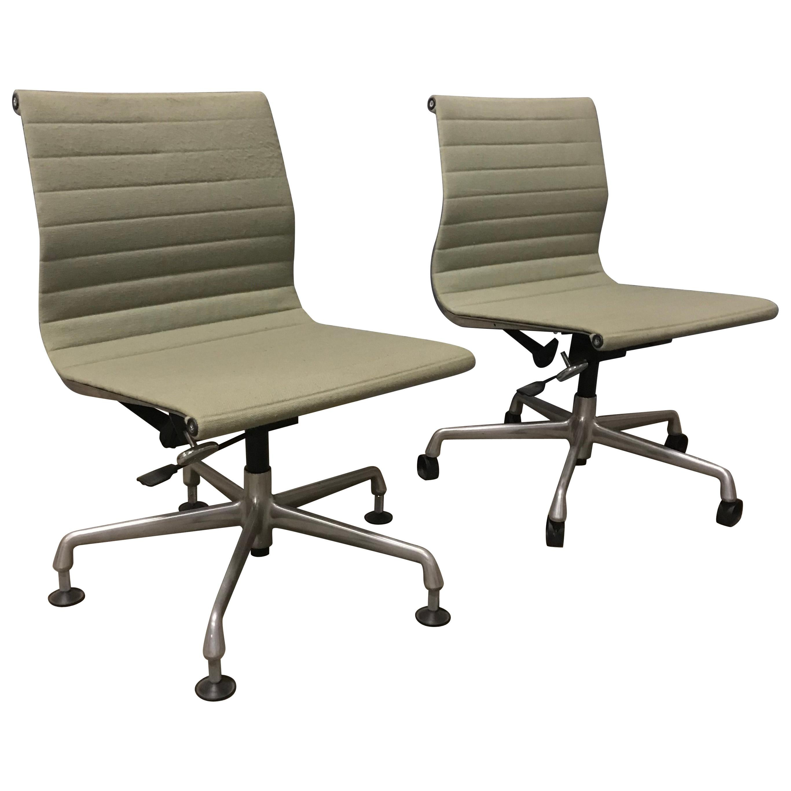 Restaurant Furniture For Less Fabric Office Chairs With Arms Task Chair Burgundy Midback Fabric