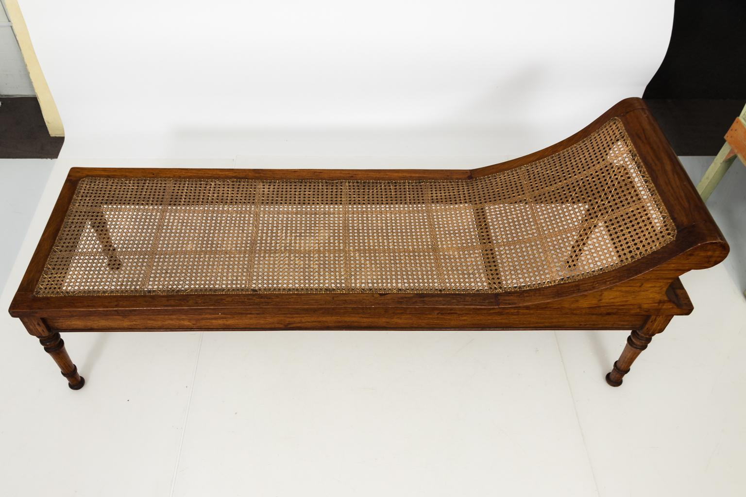 Recamiere Rattan 19th Century English Récamière With Caned Seating