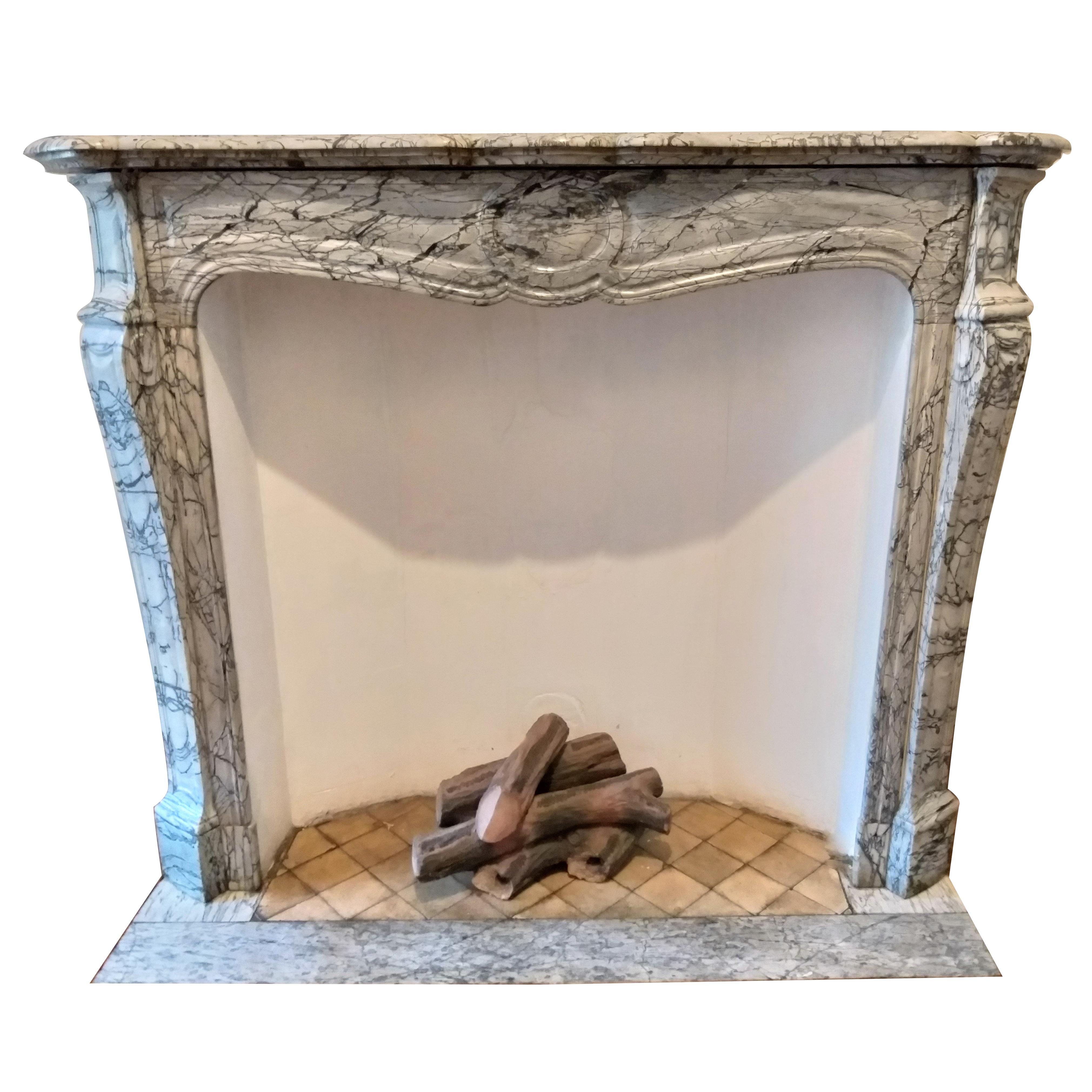 6 Ft Fireplace Mantel Antique And Vintage Fireplaces And Mantels 4 859 For Sale At 1stdibs