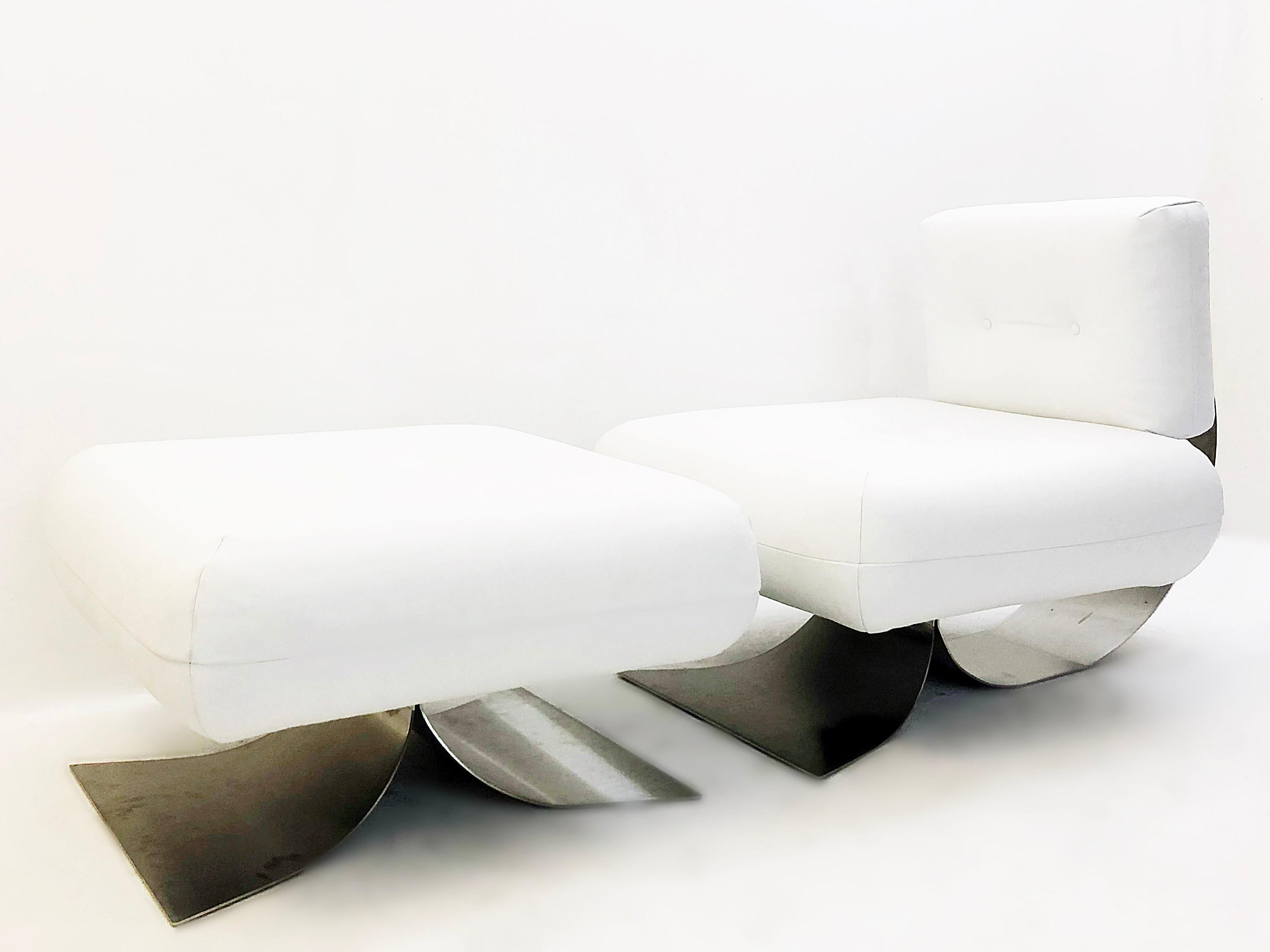 Alta Chair And Ottoman By Oscar Niemeyer White Leather At
