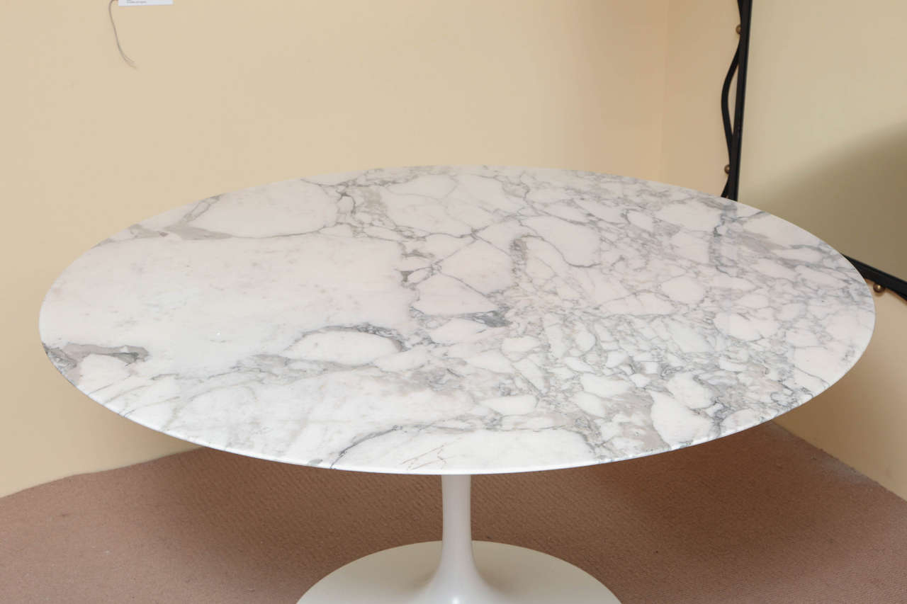 Round Marble Top Dining Table Round Marble Top Saarinen Dining Table At 1stdibs