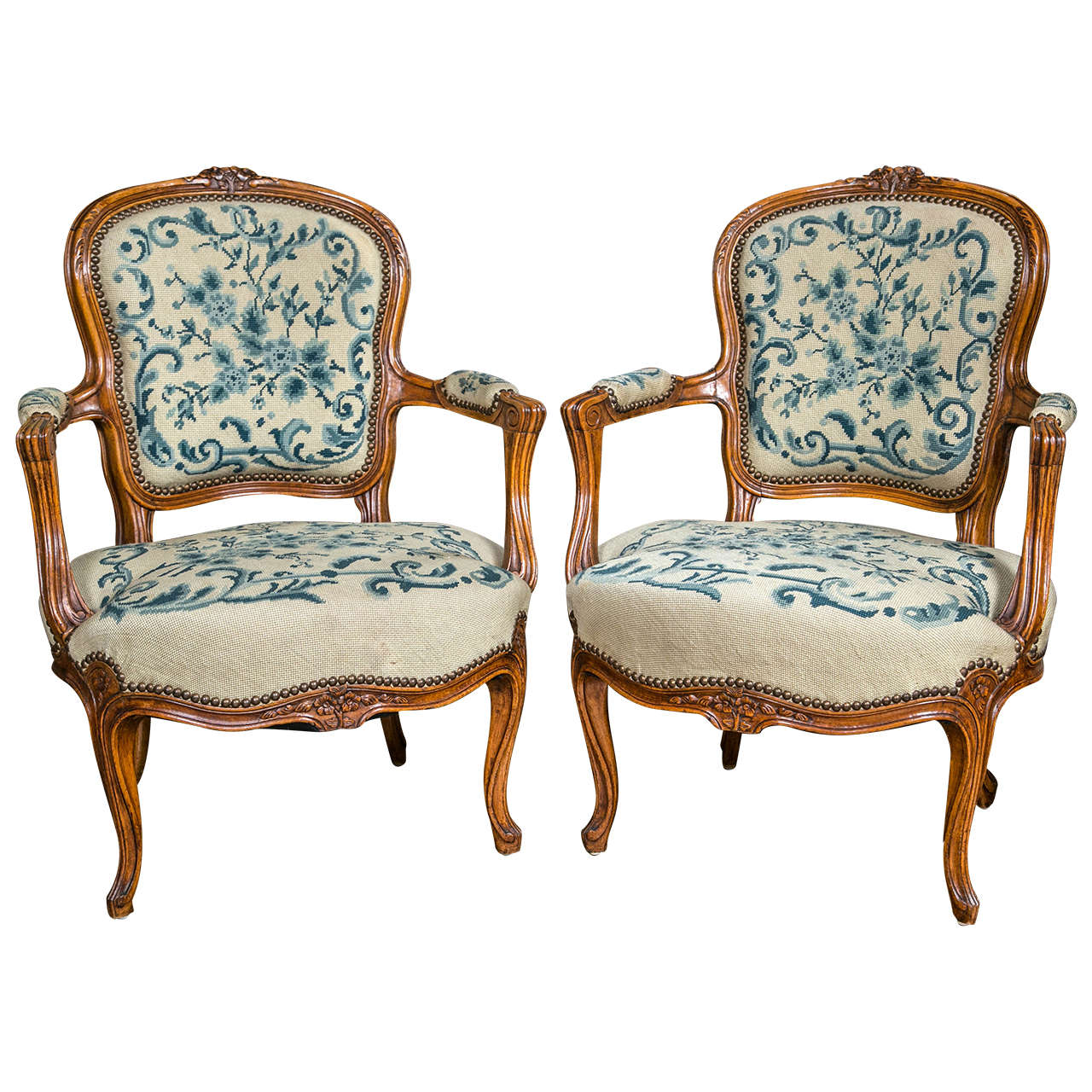 Fauteuils Style Louis Xv Pair Of Louis Xv Style Fauteuil Chairs