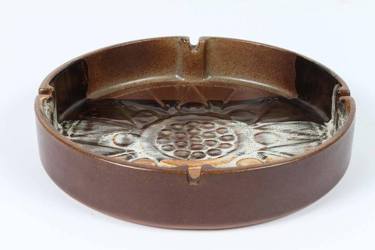 Large Vintage Brown Round Ceramic Ashtray For Sale At 1stdibs