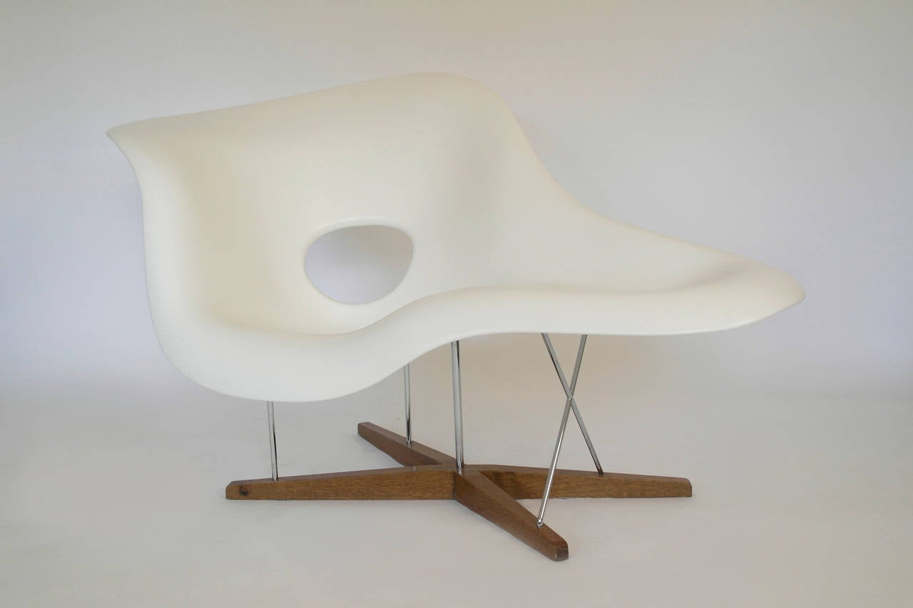 Chaise Vitra Vitra Edition La Chaise By Charles Ray Eames