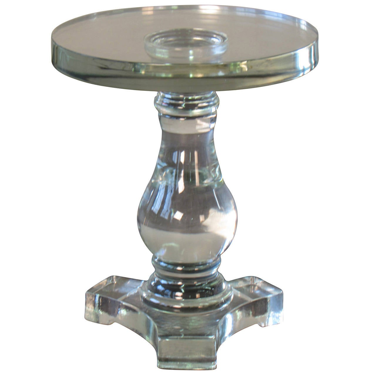 glass round table with round pedestal