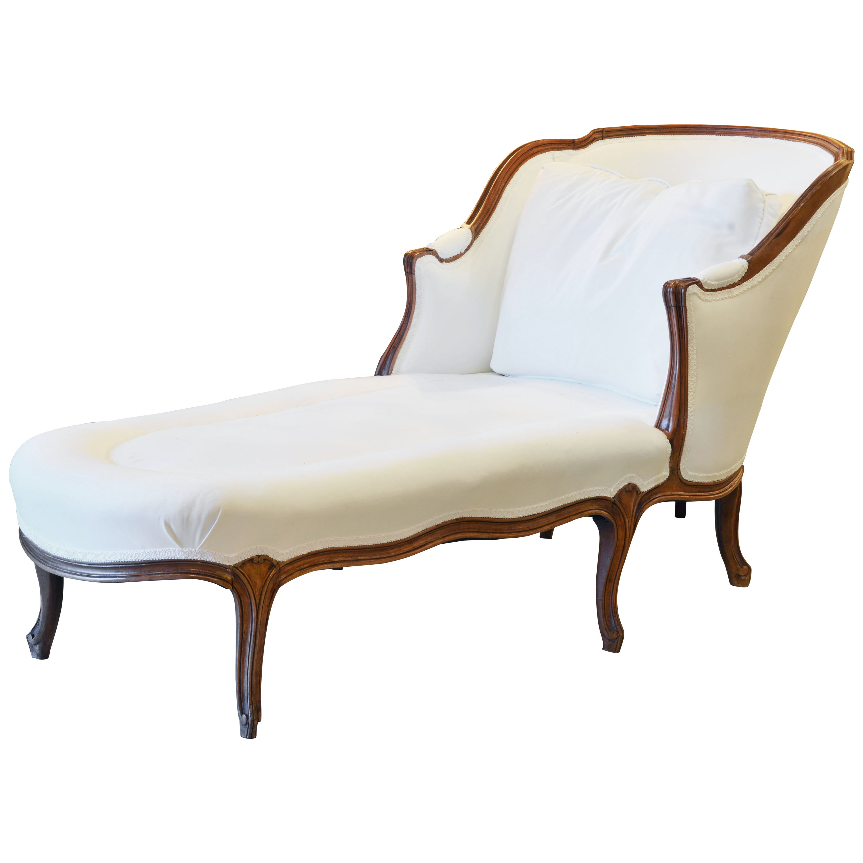 Chaise Style 19th Century French Provincial Louis Xvi Style Carved Walnut Chaise Longue