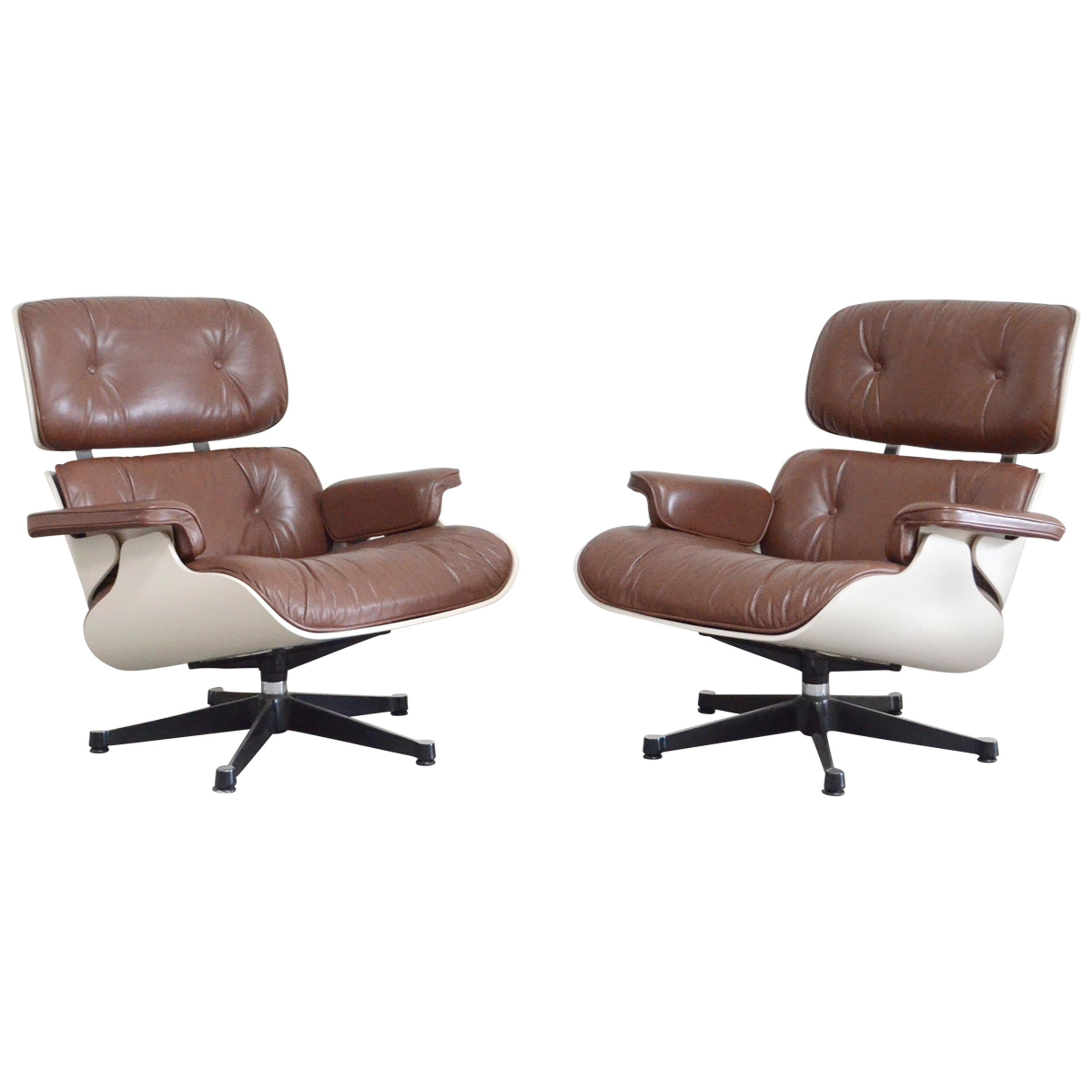 Vitra Eames Lounge Chair Dwg Vitra Eames Lounge Chair Cognac Brown And White Shell Set Of 2