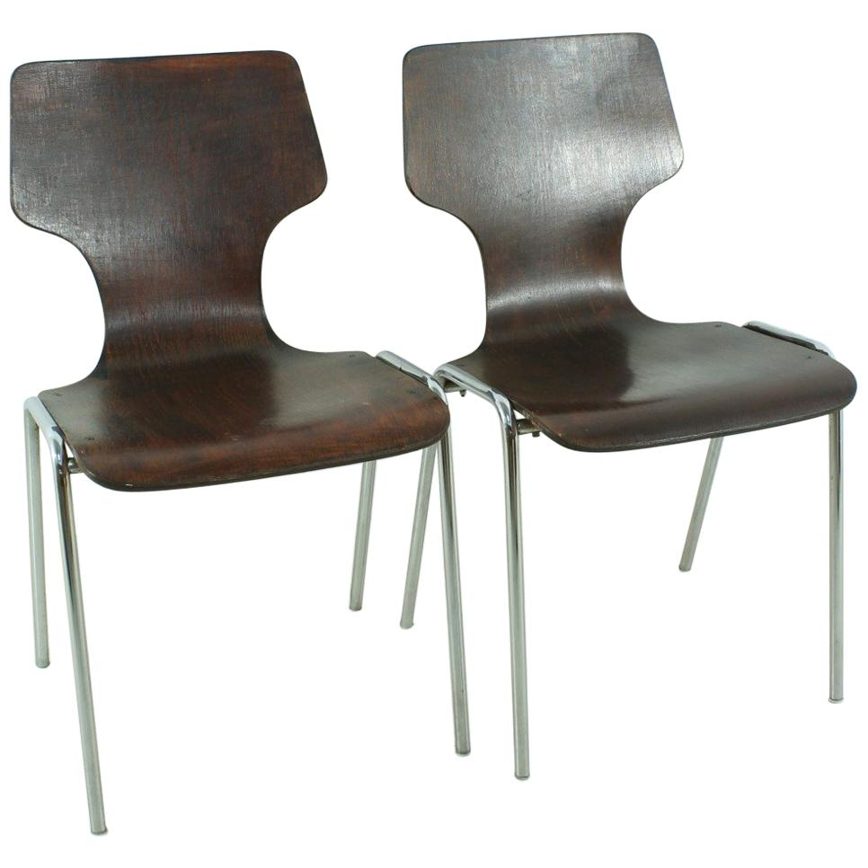 Ligne Roset Freiburg Set Of 2 1970s Vintage Stackable Chairs