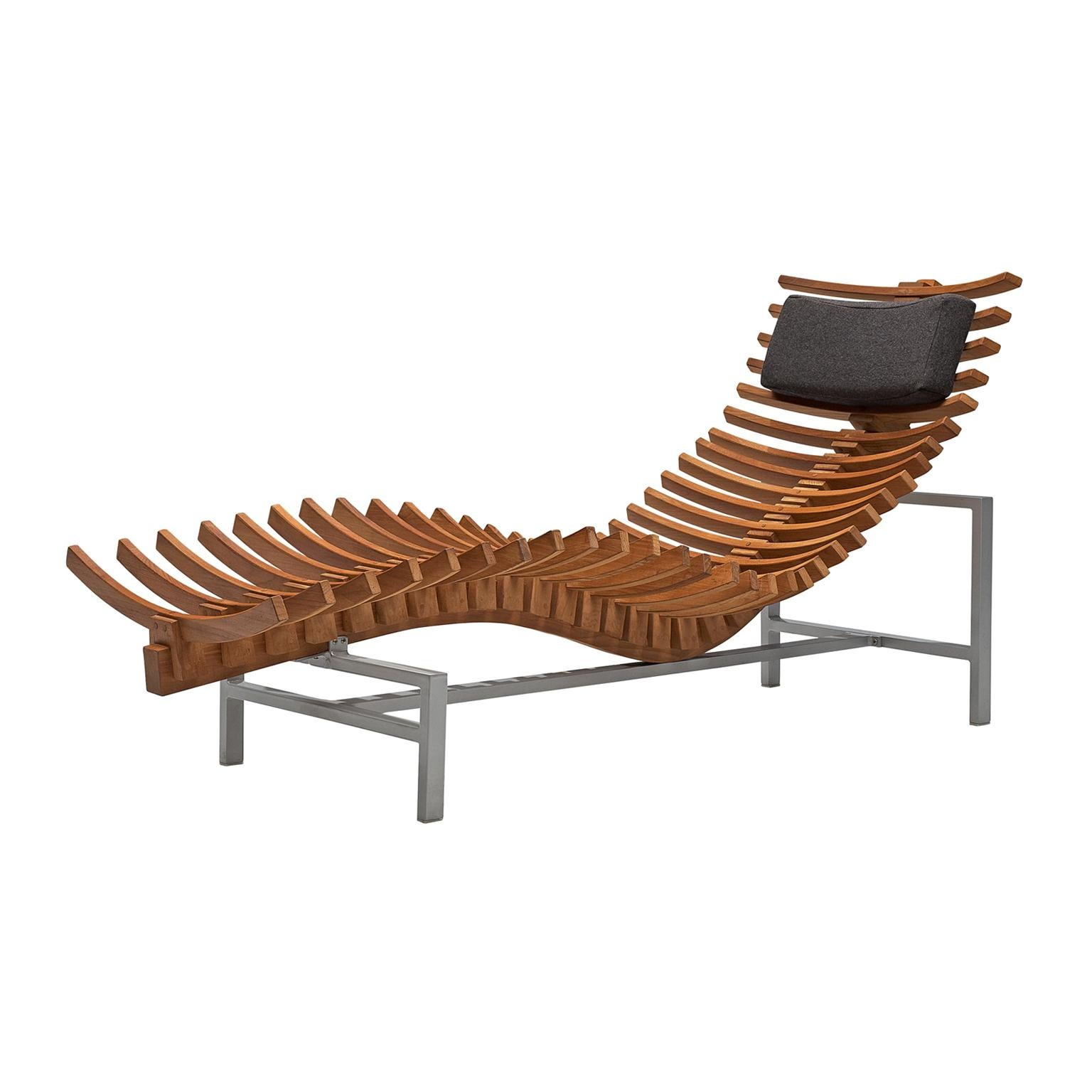 Chaise Spoon Glacier Sculptural Chaise Longue Cast In Optical Glass By Brodie Neill