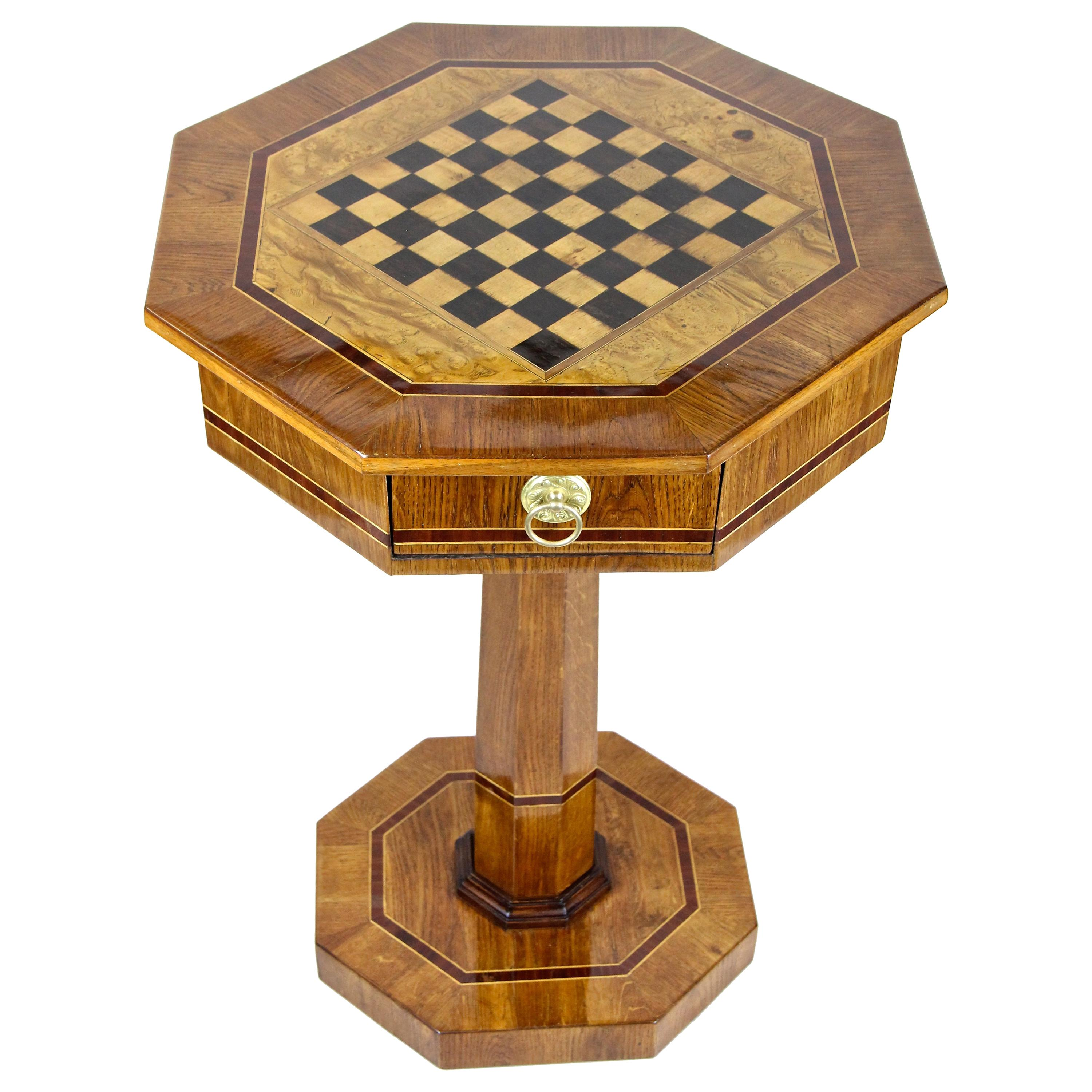 Chess Table Biedermeier Chess Table Oakwood Austria Circa 1840