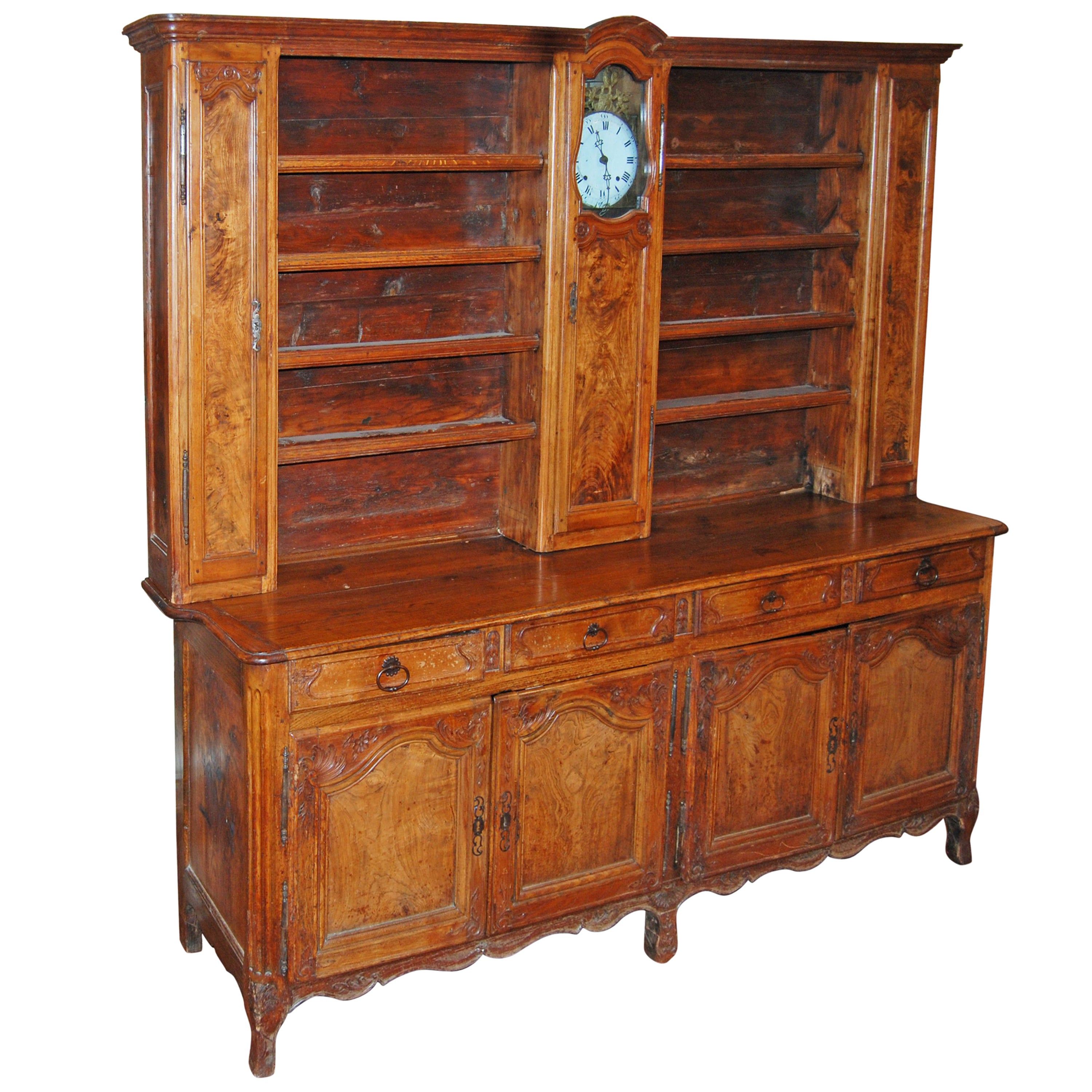 Buffets Vaisseliers 19th Century French Walnut Rustic Buffet Vaisselier With Mobilier Clock