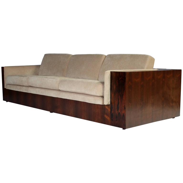 Milo Baughman Rosewood Case Sofa for Thayer Coggin at 1stdibs