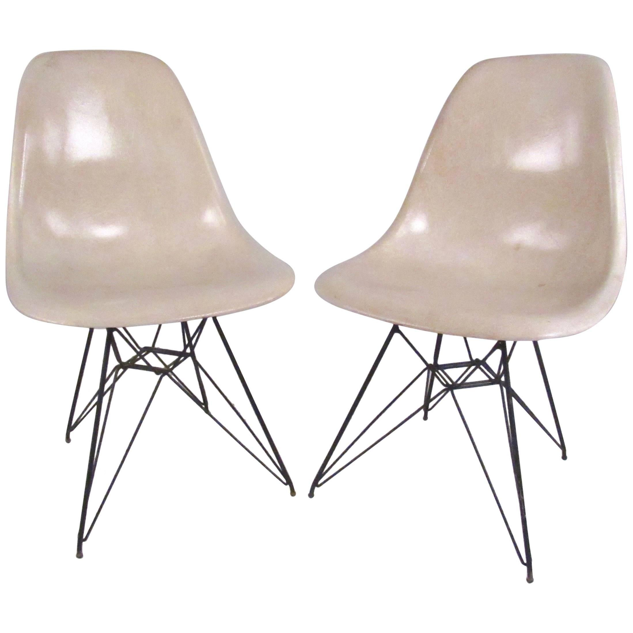 Eames Eiffel Charles Eames Eiffel Tower Fiberglass Side Chairs For Herman Miller