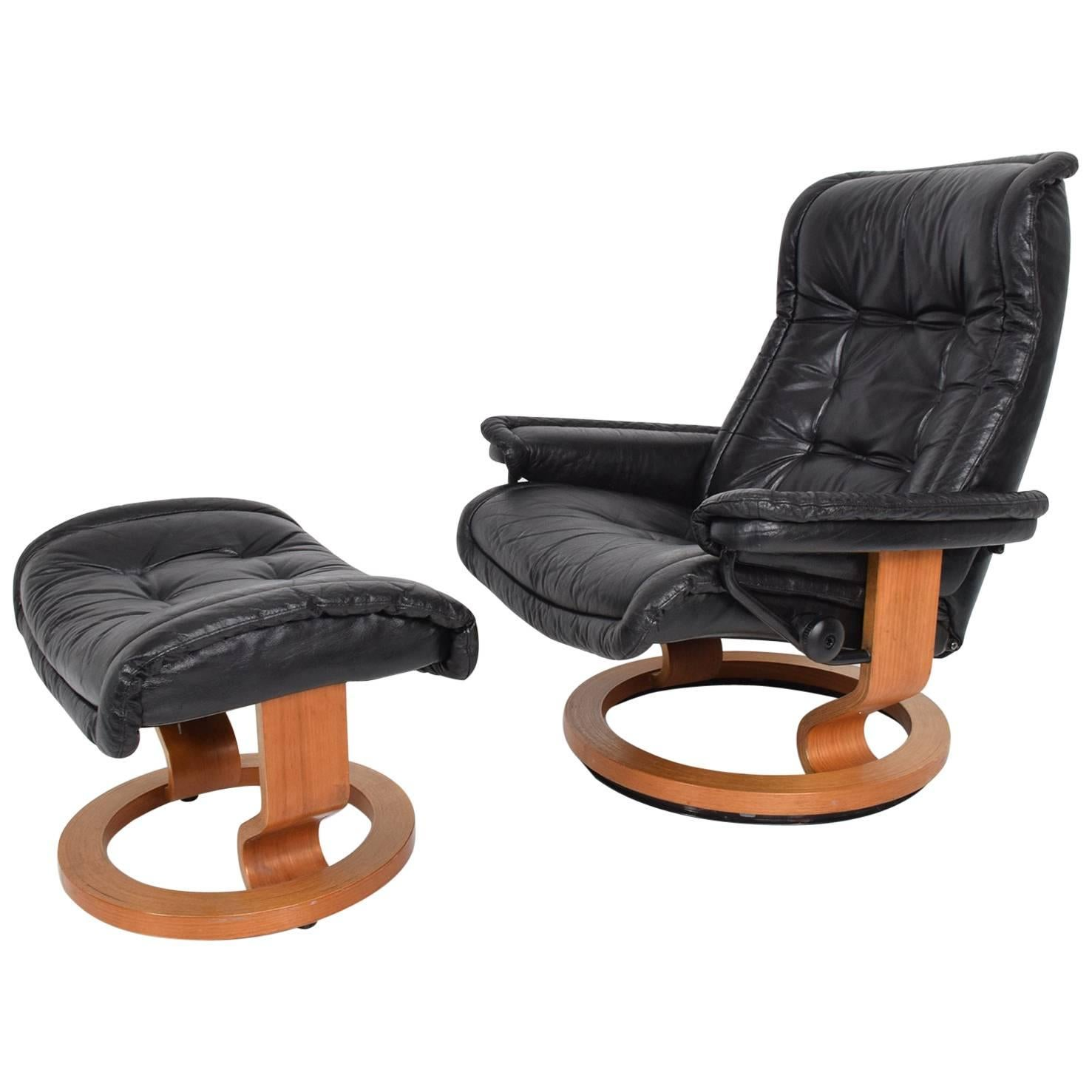 Ekornes Stressless Vintage Scandinavian Modern Ekornes Stressless Recliner Chair And Ottoman