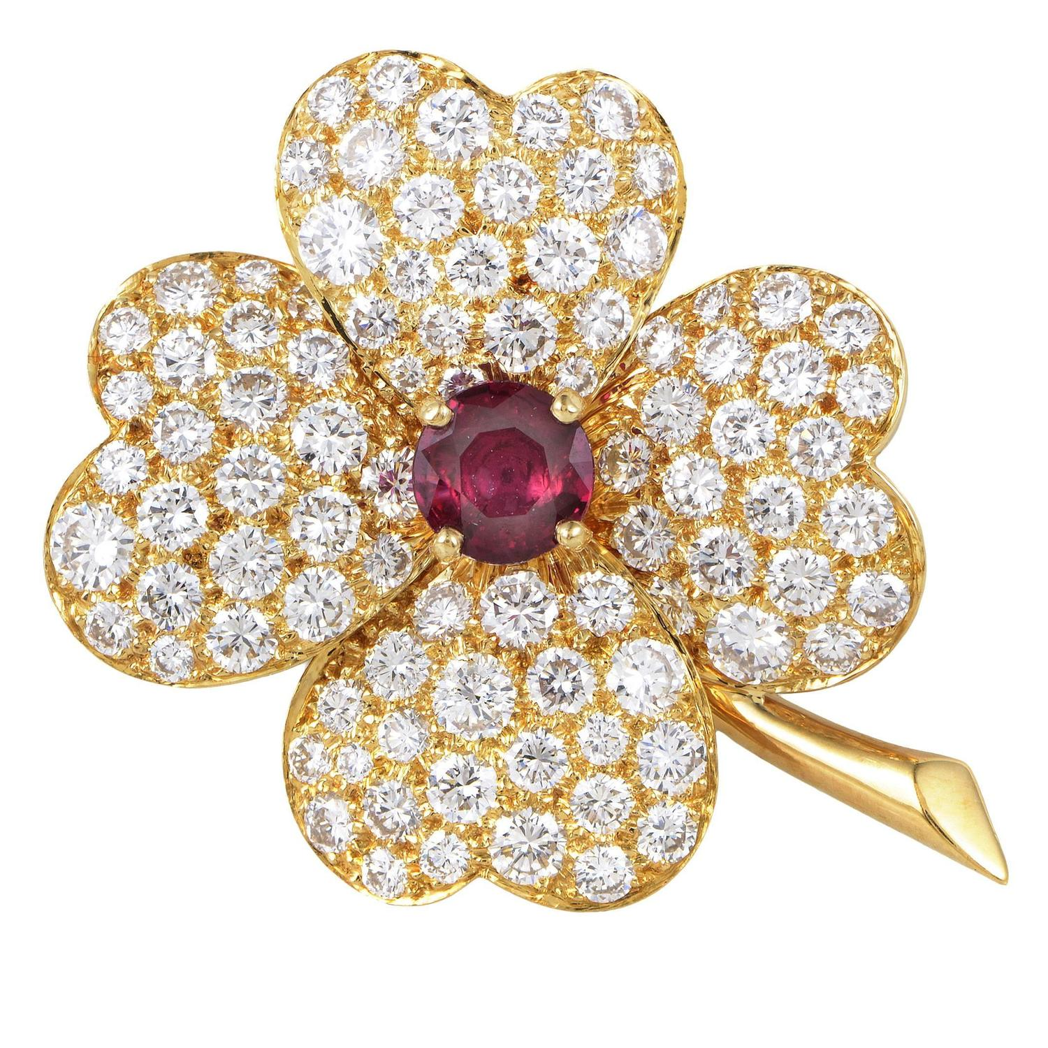 Van cleef amp arpels cosmos ruby diamond gold pendant brooch