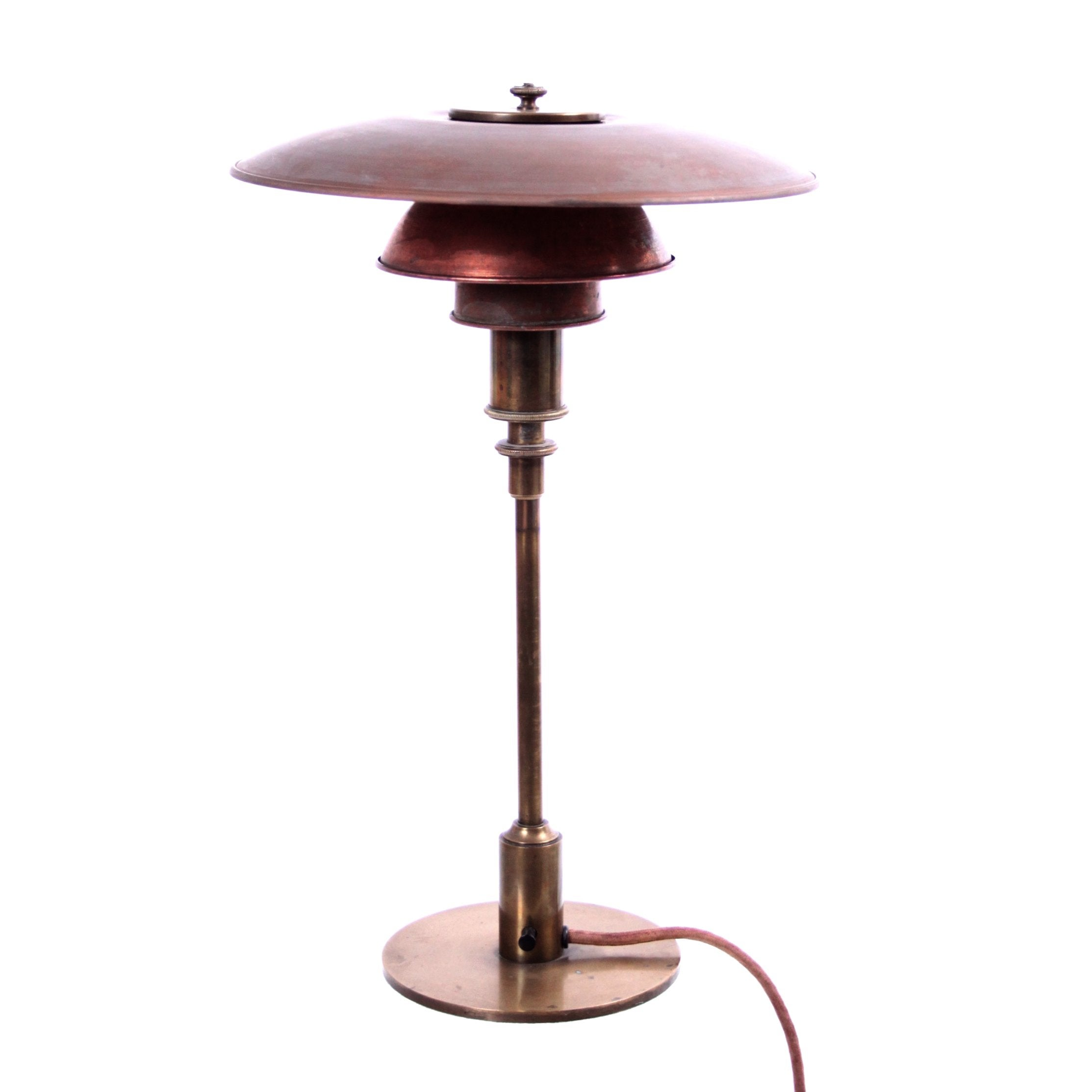 Poul Henningsen Lampe Early Poul Henningsen Table Lamp In Brass With Copper Shades 1927 1928